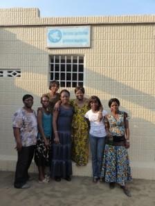 IKFF DR Kongo utanför kontoret i Kinshasa